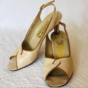 Vintage Salvatore Ferragamo Cream Kitten Heel Pump